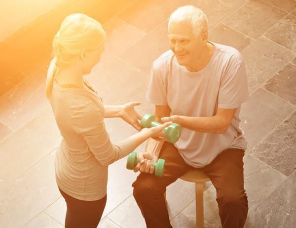 Fysioterapia kotona edistää toimintakykyä ja kotona pärjäämistä