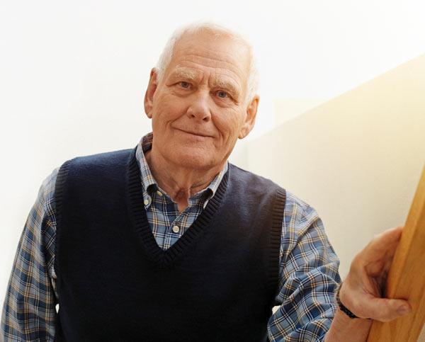 Kaatumisten ehkäisy kuuluu olennaisesti iäkkäiden ihmisten hyvinvointia ylläpitävään toimintaan sekä hyvään hoitoon