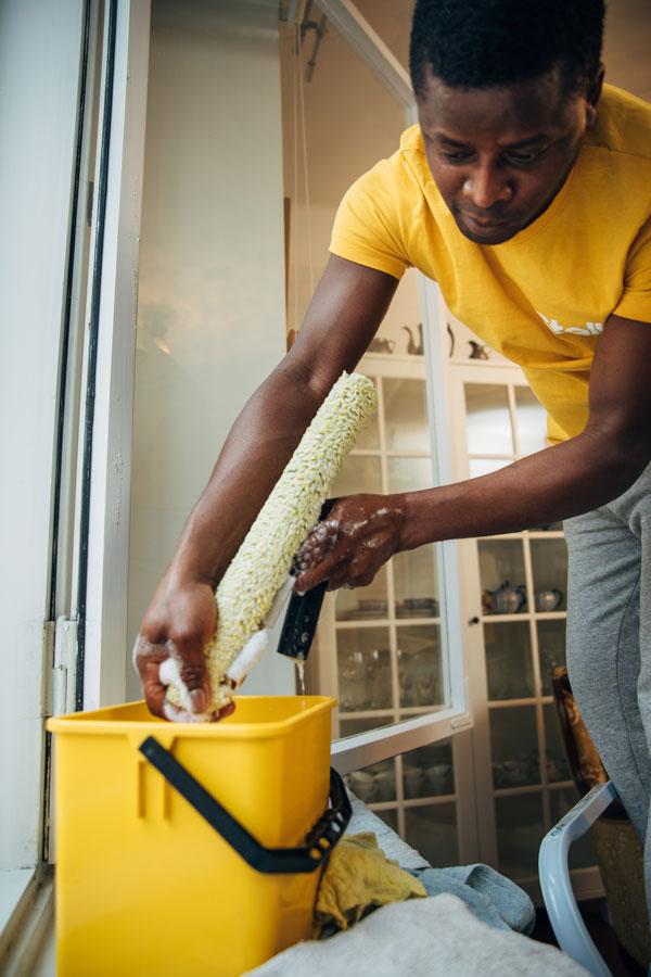 Ikkunanpesu ammattilaisilta: aina mukana kunnon välineet